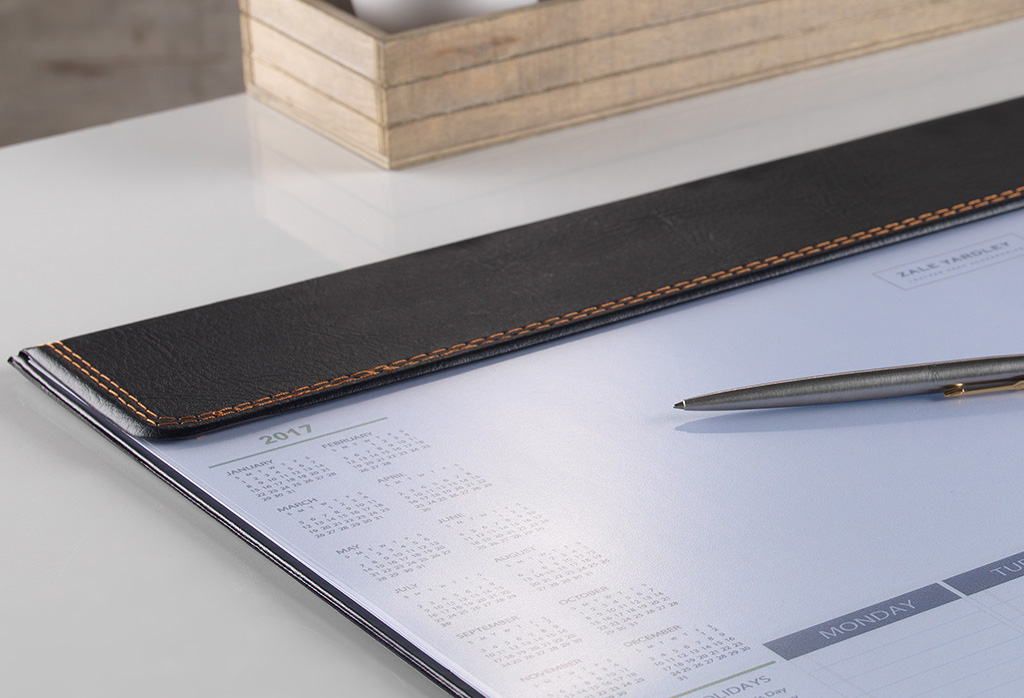 Leather Calendar Desk Pad And Weekly Planner Foldover Zale Yardley